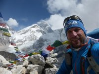15 Gipfel Kalar Patthar, im Hintergrund Everest