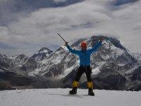 13 Gipfel Lobuche, im Hintergrund Everest